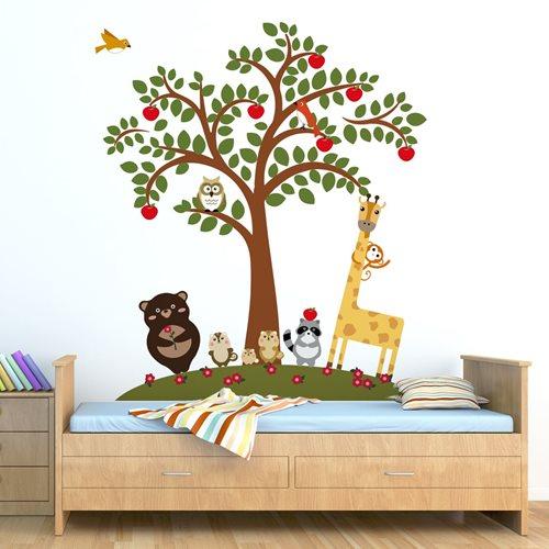 Walplus Kids Decoratie Sticker - Dierenvrienden bij Appelboom