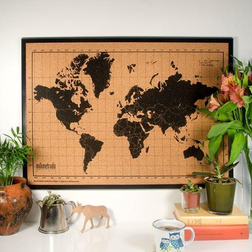 Milimetrado - Weltkarte Pinnwand - mit Holzrahmen - Schwarz/Schwarz - 70x50 cm