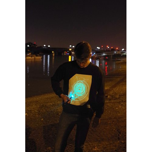 IA Interaktives Glow Sweatshirt  Super Grün - Schwarz (M)