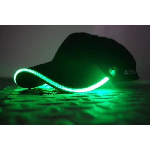 IA LED Light Up Baseball Cap - Zwart met Groen Licht